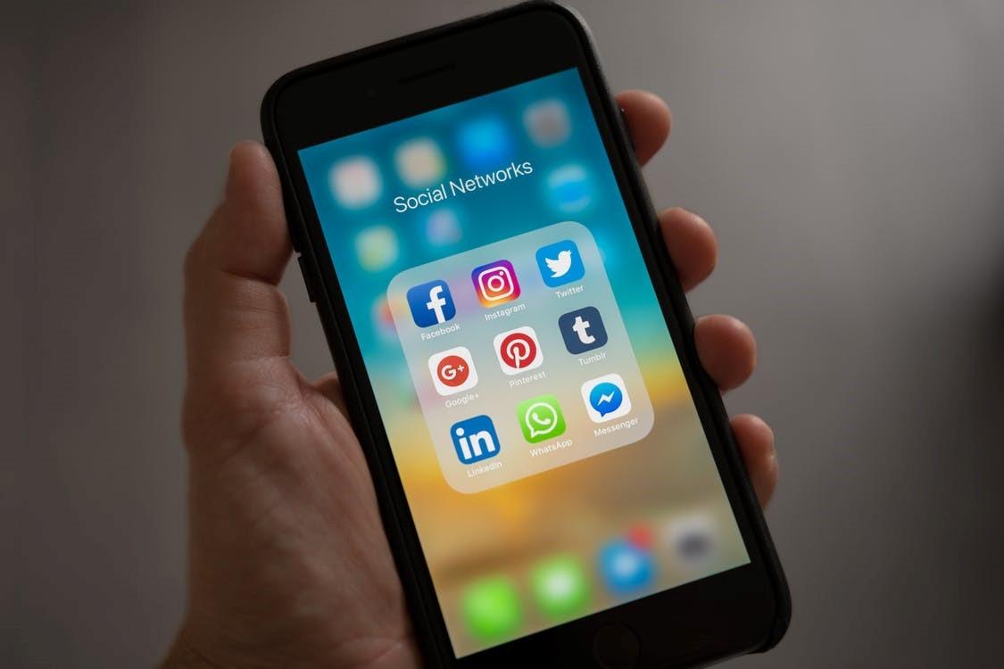 Is Facebook de ondergang van de democratie?