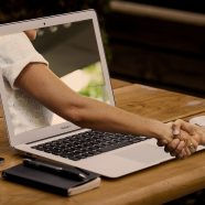 Het is tijd om onze digitale huisvrede te bewaken
